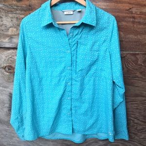L.L.Bean women's long sleeve button turquoise top